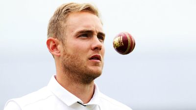 "Often dubbed one of the most hated of English cricketers, bowler Stuart Broad showed his class when he rallied behind Hughes and his loved ones. ""Awful news about Phil Hughes. Fight hard, everyone's thoughts are with you and your family,"" he tweeted."