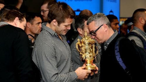 Skipper Richie McCaw with the William Webb Ellis trophy in Auckland today. (Getty)