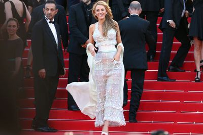 """The stunner rocked a Chanel """"skinny-waist"""" gown at the <i>Mr Turner</i> premiere."""