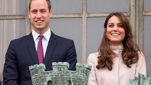 Prince William and Duchess Kate's baby news sparks fake 'royal baby' Twitter accounts