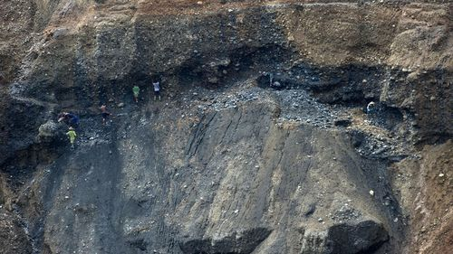 At least 90 dead in huge landslide near Myanmar jade mine