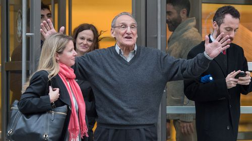 """Vincent Asaro leaves Brooklyn federal court Thursday, Nov. 12, 2015, in New York. Asaro was acquitted in 2015, of charges he helped plan a legendary 1978 Lufthansa heist retold in the hit film """"Goodfellas"""" but has this week been sentenced to eight years in prison for an unrelated road rage arson (AP Photo/Bryan R. Smith)"""