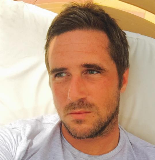 An inquest has found conspiracy theorist Max Spiers died in July 2016 from pneumonia and an overdose of anti-anxiety medication.