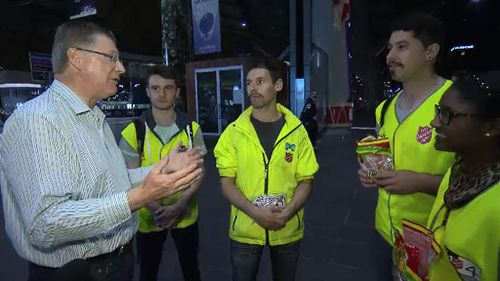 Premier Denis Napthine meeting with members of the Salvation Army Youth Street Team. (9NEWS)