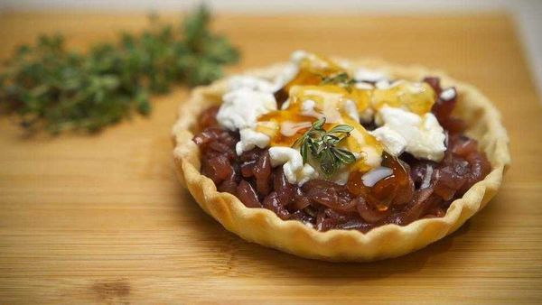 Caramelised balsamic onion and goat cheese tarts were always on the 90s menu