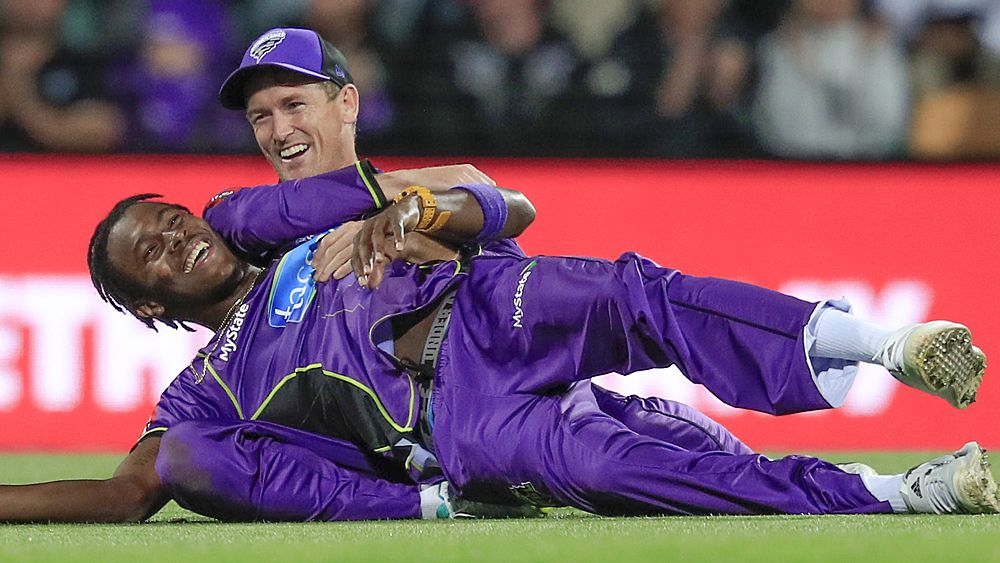 BBL: Hobart Hurricanes seal thriller over Adelaide Strikers