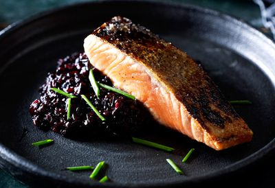 Black rice risotto and salmon