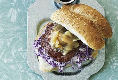 Pork burgers and onion rings