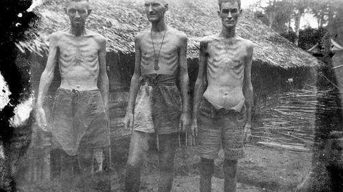 Australian prisoners-of-war at the Shimo Sonkurai No1 Camp. (Australian War Memorial/George Aspinall)