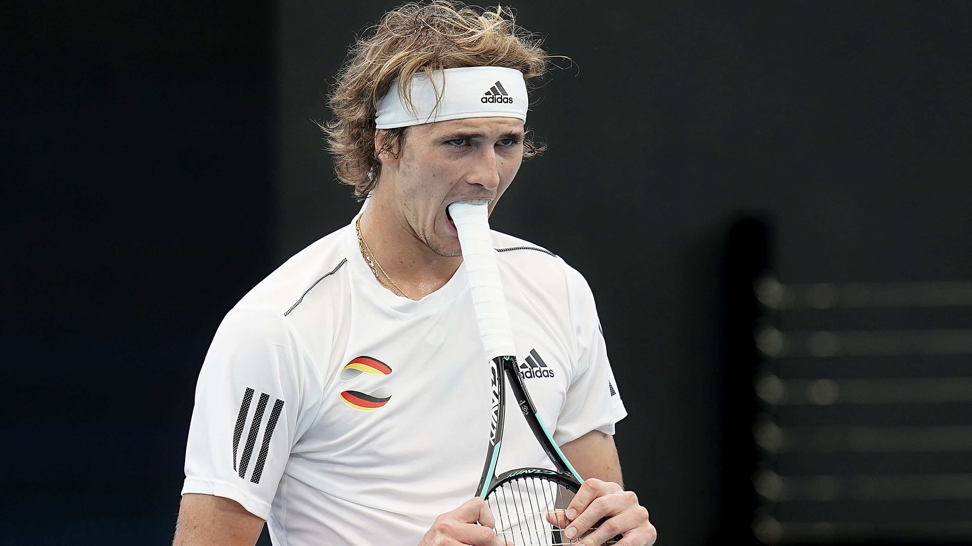 'Telling' response from Alexander Zverev after sizzling troll from Belinda Bencic
