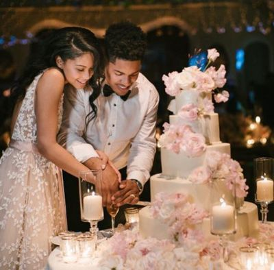 <p>Celebrity wedding planner Mindy Weiss, who has planned the weddings of Jenna Dewan and Channing Tatum and Nicole Richie and Joel Madden, put together the couple's special day.</p>
