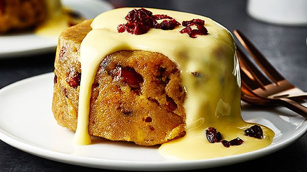 Christmas Dessert Recipes.Bourbon Cranberry And White Chocolate Christmas Pudding
