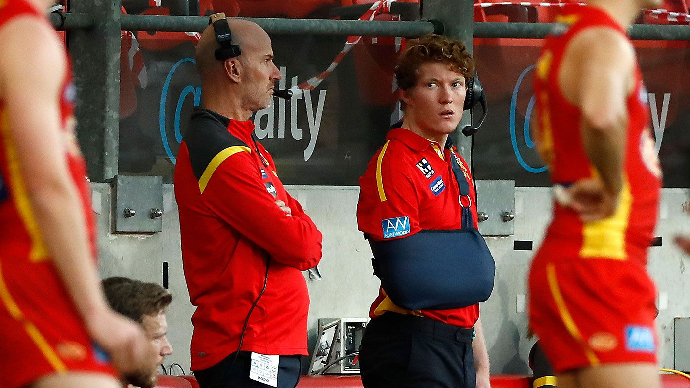 'Let him be an 18-year-old kid': Bulldogs great's plea to Suns over Matt Rowell 'coaching' experience