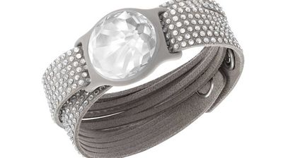 <p><b>Solar-charged Swarovski fitness jewellery </b></p><p> In a game-changer for people who like shiny, expensive things an hate having to plug them in, fitness tracking company Misfit have teamed up with crystal merchants Swarovski to create an exercise watch festooned with solar-charging gems. </p><p> The Misfit Shine tracks workouts, daily activity and even sleep patterns, and can be charged by LEDs if direct sunlight isn't available. </p><p> </p>