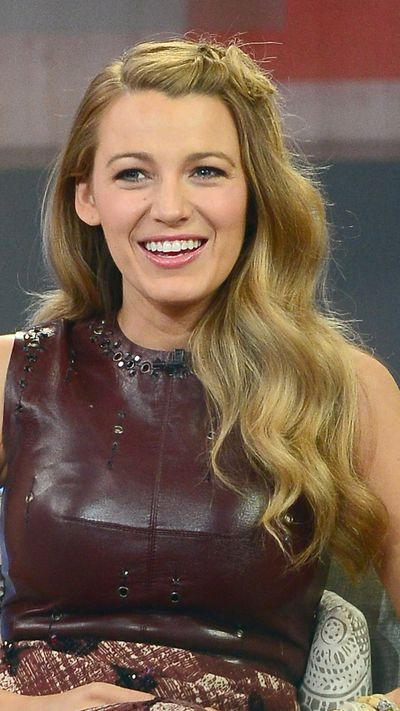 On Good Morning America, Lively twists back her fringe and secures with a pin – a good idea when you have next-day hair.