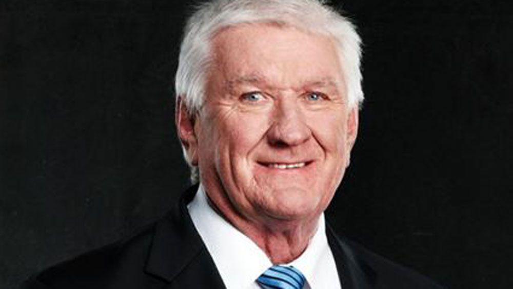 Ray Warren will be calling league again in 2017.
