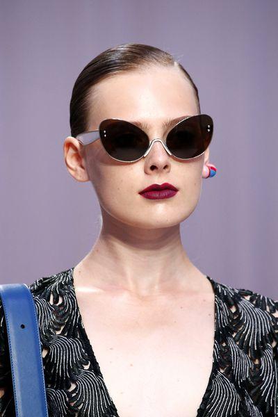 Matte magenta lipstick atMarco de Vincenzo, Milan Fashion Week, Spring/Summer 2017.