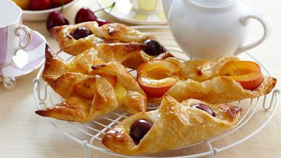 """Click through for our&nbsp;<a href=""""Easy Danish pastries"""">Easy Danish pastries</a>"""