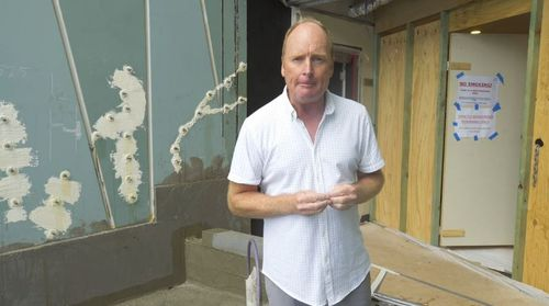 Guest 60 Minutes reporter, Nine's Financial Editor Ross Greenwood, tours not only the abandoned apartments, but 'ground zero' where the destabilising cracking occurred.