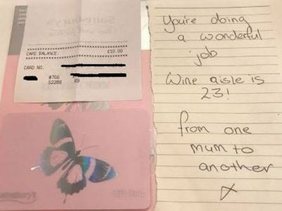 Struggling mum gets supportive note from a stranger at the shops