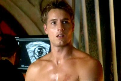 The archer extraordinaire was portrayed in <i>Smallville</i> by <b>Justin Hartley</b>, who could've had a career in modelling if the whole actor thing hadn't panned out.