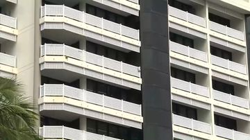 Teen in custody after man plunges to his death from balcony