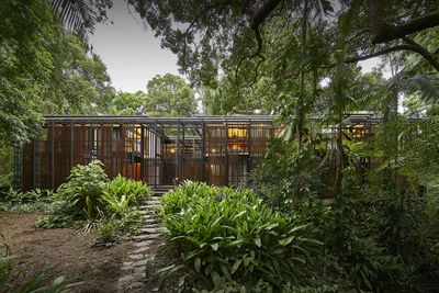 <strong>Rosebery House, Highgate Hill, Brisbane<br /> Andresen O&rsquo;Gorman Architects</strong>