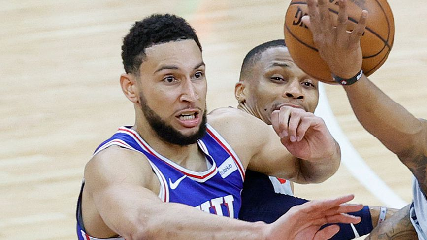 Ben Simmons powers the 76ers past the Wizards. (Getty)