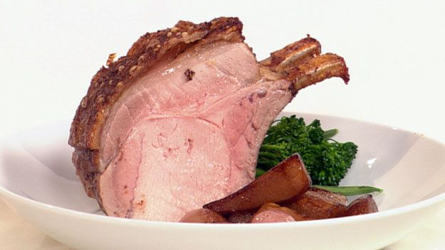 Balsamic roast pork rack with pears