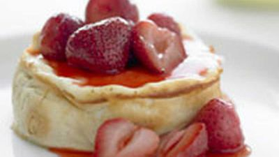 "<a href=""http://kitchen.nine.com.au/2016/05/17/12/57/lowfat-strawberry-cheesecake"" target=""_top"">Low-fat strawberry cheesecake</a> recipe - low fat"