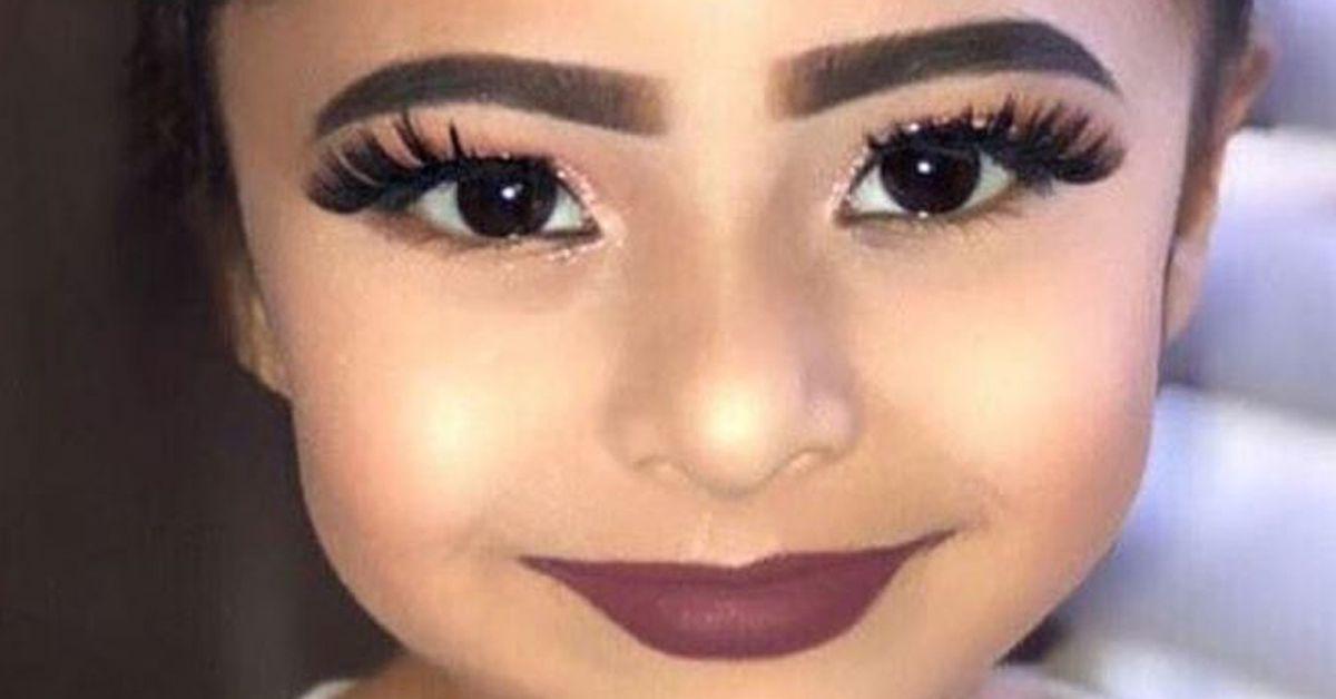 Little Girl In Heavy Makeup 9honey