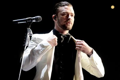Justin Timberlake won three Grammys for Best Music Video for 'Suit and Tie', Best Rap/Sung Collaboration for his song with Jay Z, 'Holy Grail', and Best R'n'B song for 'Pusher Love Girl'.<br/><br/>But why didn't he rock up? He's in the middle of his <i>20/20 Experience World Tour</i>.