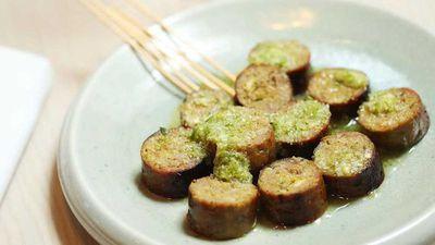 "Recipe: <a href=""https://kitchen.nine.com.au/2017/11/23/10/15/thi-le-jungle-spiced-lamb-sausage"" target=""_top"">Thi Le's jungle spiced lamb sausage</a>"
