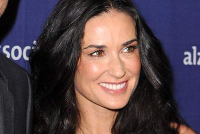 Sometimes, all it takes to be a hero is to listen, and Demi Moore did just that. Mrs Kutcher has intervened when two different people tweeted that they were planning on committing suicide. She spoke with them, all while ensuring the proper authorities were contacted. Both survived.