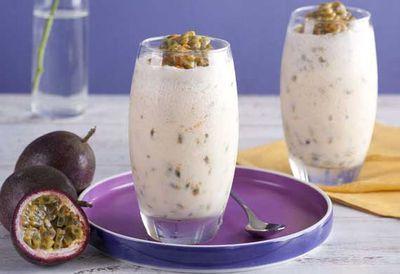 "<a href=""http://kitchen.nine.com.au/2016/05/04/15/38/sammy-bellas-passionfruit-and-yoghurt-smoothie"" target=""_top"">Sammy and Bella's passionfruit and yogurt smoothie</a>"