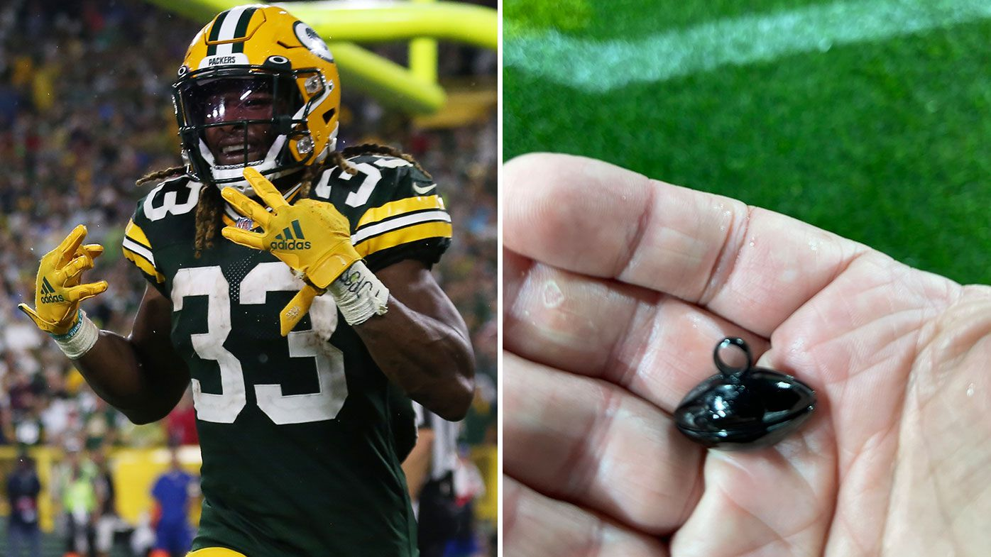 Aaron Jones and his father's ashes