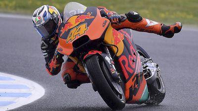 Australian MotoGP: Espargaro leads into qualifying as rain lashes Phillip Island circuit
