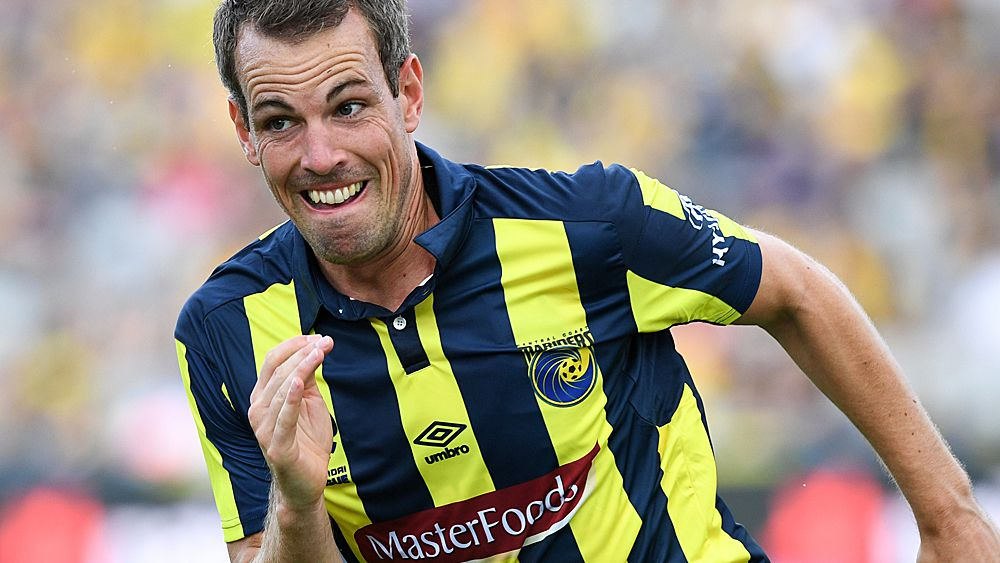 A-League: Central Coast Mariners' Wout Brama gets suspension for ugly Corey Gameiro tackle