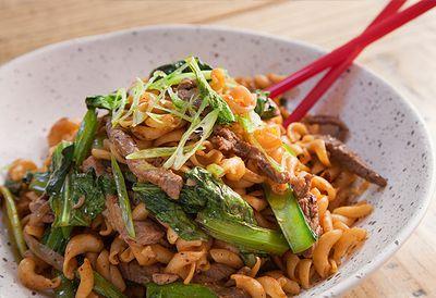 "Recipe: <a href=""/recipes/ibeef/9028595/jerry-mais-nui-xao-bo-stir-fry-pasta-and-beef"" target=""_top"">Nui xao bo stir-fry pasta and beef</a>"