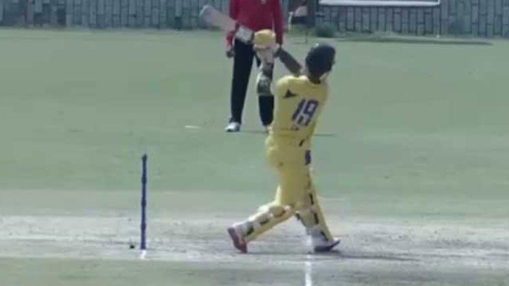 Indian batsman Dinesh Khartik finds novel way to get out in one-dayer