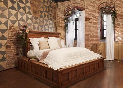 Casa di Giulietta bedroom, designed by Airbnb and an Italian architect