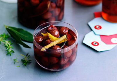 Mulled wine with pickled cherries