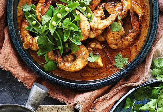 Spicy red Australian prawn curry