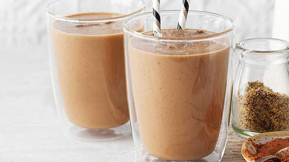 Nut and cacao smoothie