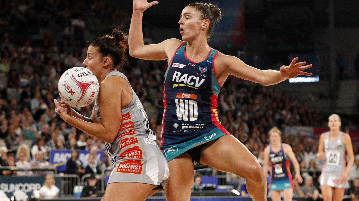 Melbourne Vixens win thrilling Super Netball derby over Magpies