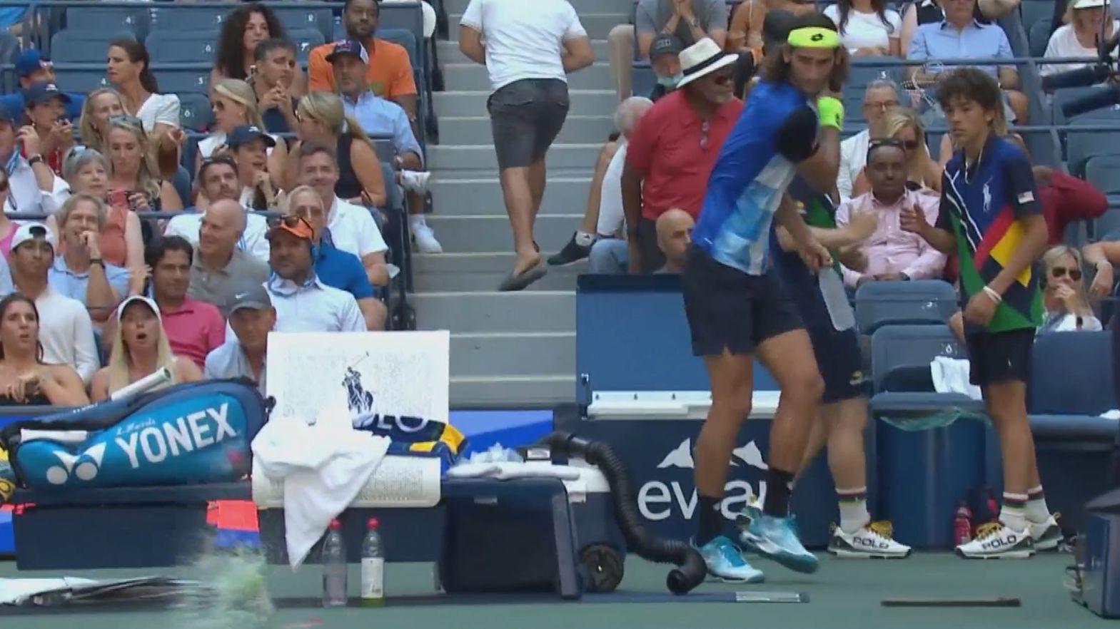 Lloyd Harris tantrum leads to 'absurd' moment in Zverev's US Open quarter-final win