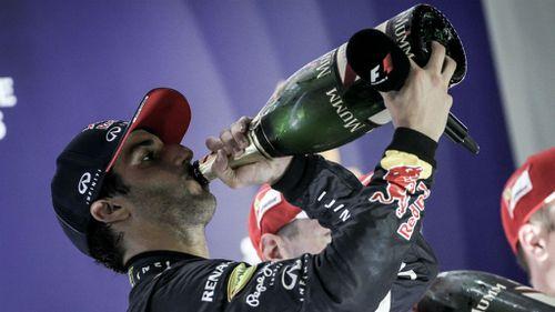 Daniel Ricciardo second as Sebastian Vettel wins Singapore F1