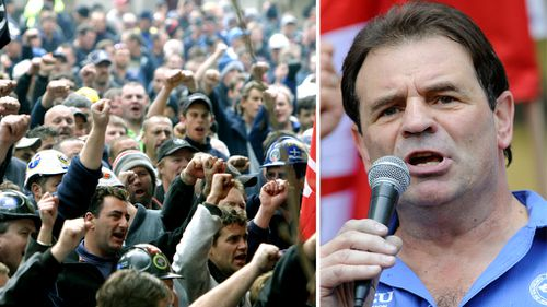 CFMEU supporters and John Setka. (AAP file images)