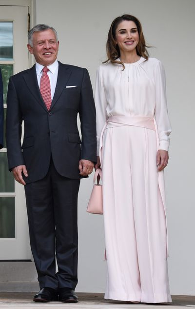 <p>Queen Rania of Jordan, wearing&nbsp;Adeam, in Washington D.C, August, 2018</p>