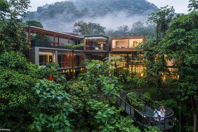 <strong>8. Mashpi Lodge, Ecuador</strong>